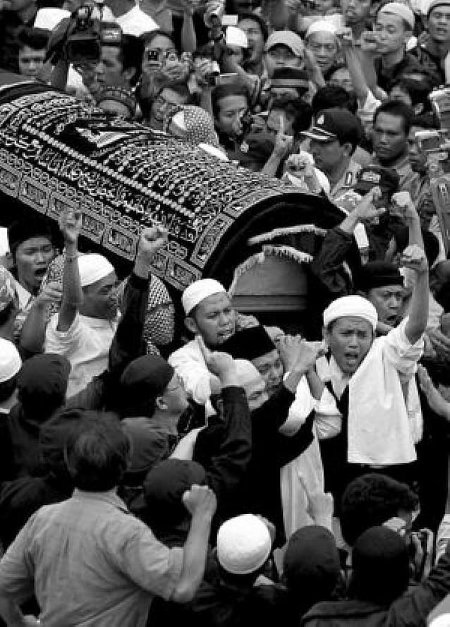 Indonesia, en alerta máxima tras la ejecución de los tres terroristas de Bali