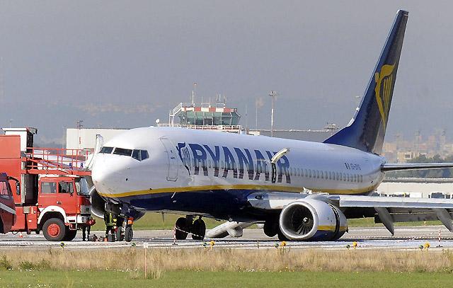 Un avión de Ryanair realiza un aterrizaje de emergencia en Roma-Ciampino sin heridos