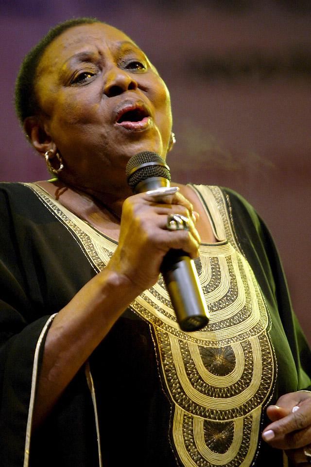 Fallece tras un concierto Miriam Makeba, la voz más importante contra el apartheid