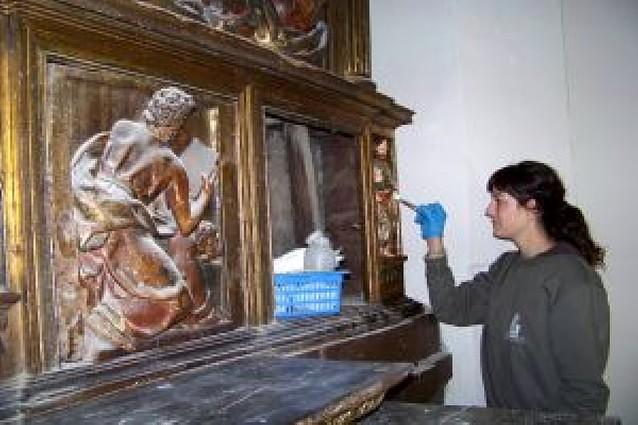 San Adrián restaura el retablo mayor