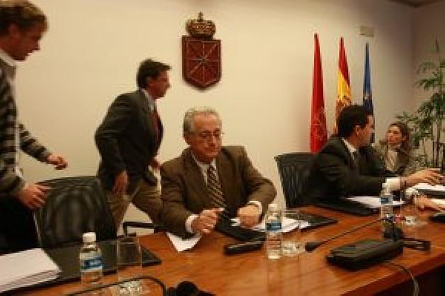 """Comptos afirma que la crisis obliga al Gobierno a actuar con """"prudencia"""" con Guenduláin"""