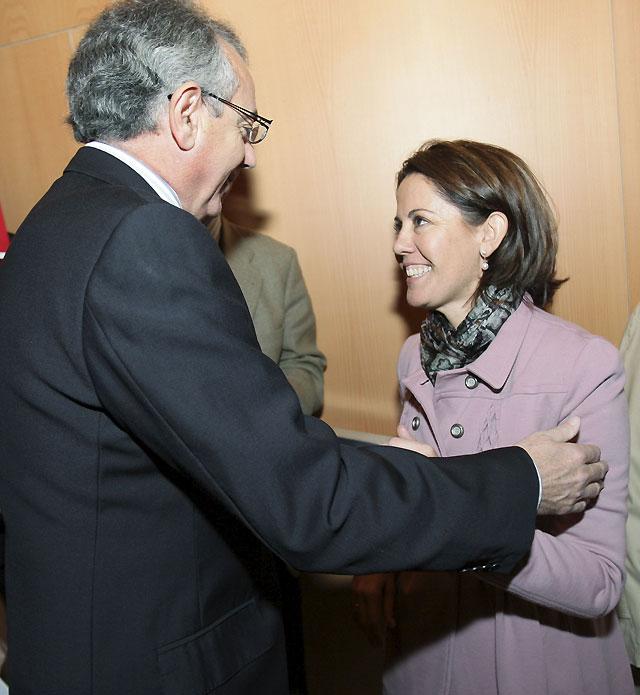 Barcina agradece que Miguel Sanz mantenga su confianza en ella