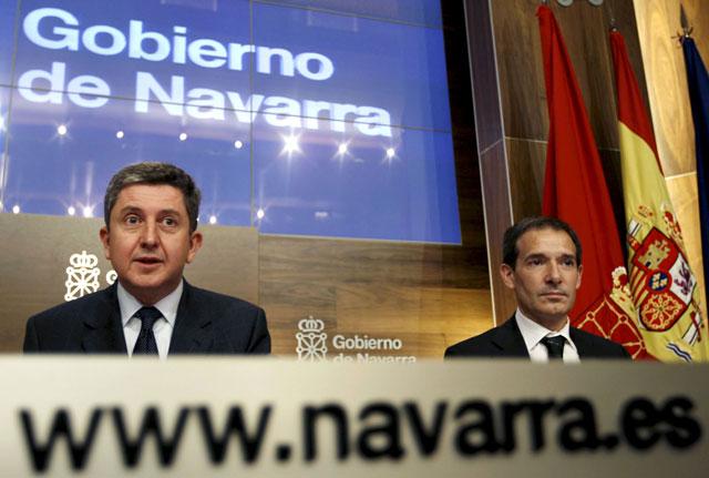 Gobierno de Navarra y PSN acuerdan deflactar en un 2,5% la tarifa del IRPF