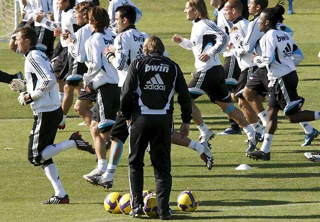 La plantilla del Real Madrid y Schuster se reúnen durante más de dos horas