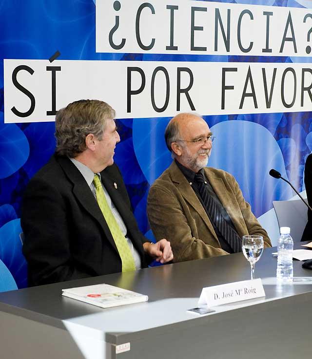"""Javier Tejada explica en Fidena el """"Templo de la ciencia"""""""