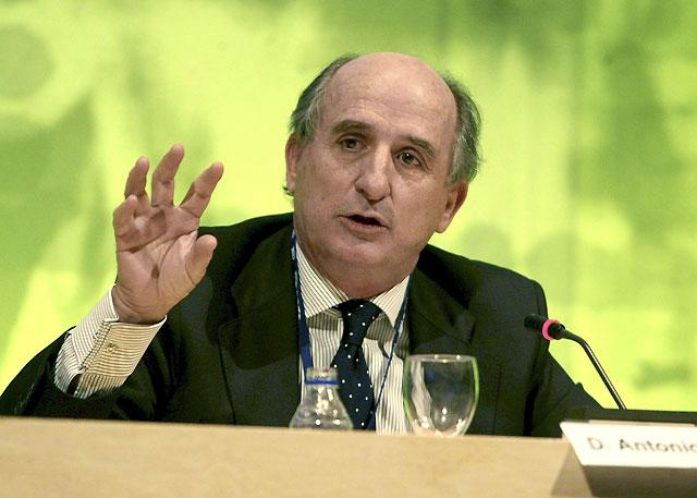 """El presidente de Repsol asegura que la empresa será """"privada, independiente y española"""""""
