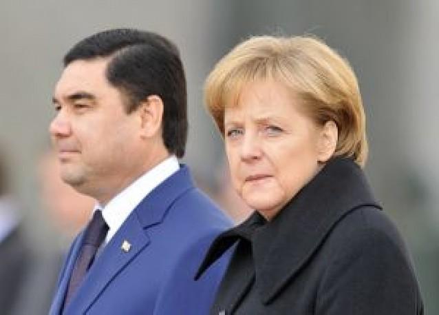 "Merkel espera lograr ""un programa de trabajo para cien días"""