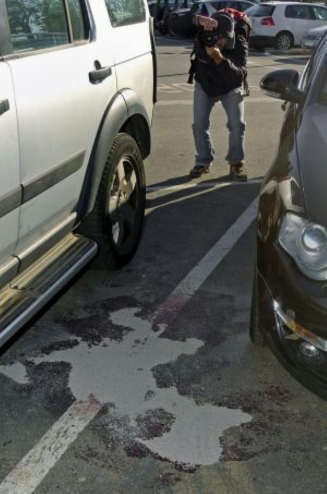 Una mujer es asesinada a puñaladas en un aparcamiento de Gerona