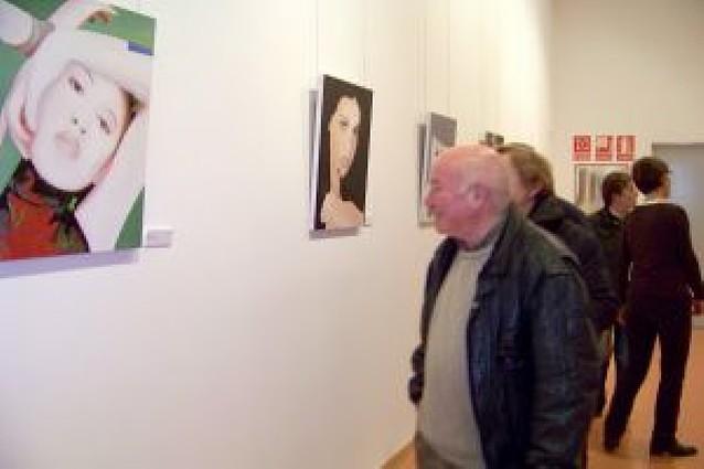 Lodosa acoge la colección de arte de Bodegas Enate, de Huesca