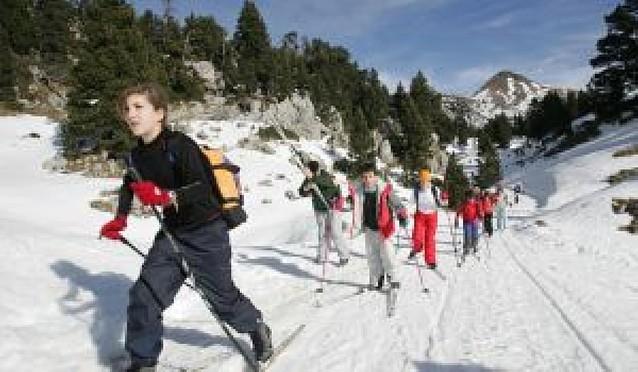 Unos 5.280 alumnos esquiarán en la XXV Campaña de Fondo