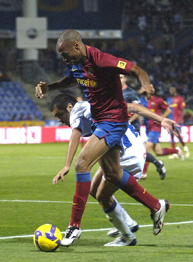 El Barça solidifica su liderato en Huelva (0-2)
