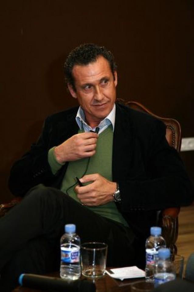 """Valdano: """"Osasuna tiene poderío para salir del descenso"""""""