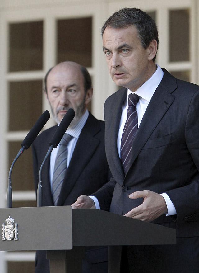 """Zapatero dice que la detención de """"Txeroki"""" es un golpe """"determinante"""" a ETA"""