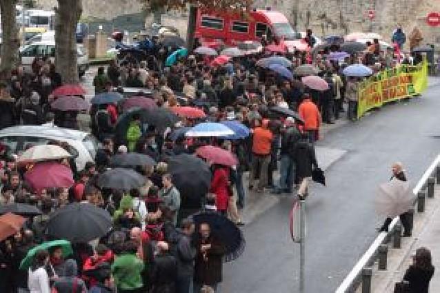 Los docentes salen a la calle para que se les reconozca el IPC real