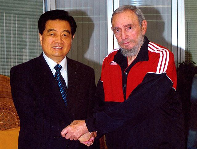 Hu Jintao se entrevista con Fidel Castro