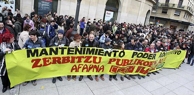 Funcionarios del Gobierno Foral y entidades locales exigen el desbloqueo de la negociación