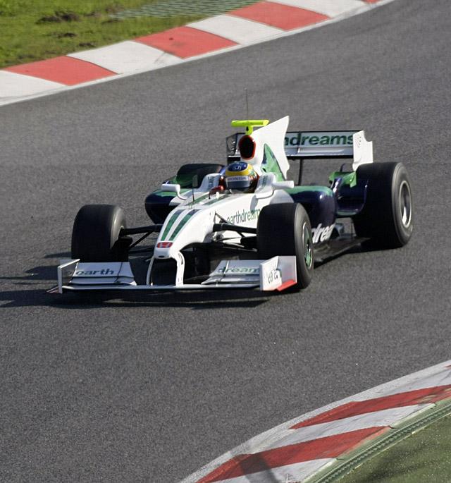 Vettel vuelve a liderar la jornada y De la Rosa cierra los tiempos al volante del Force India