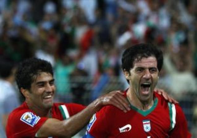 Masoud asiste en el empate de Irán
