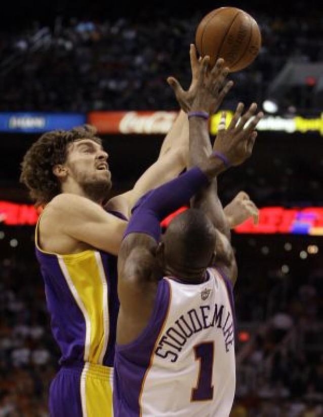 Gasol se destapa como asistente ante los Suns
