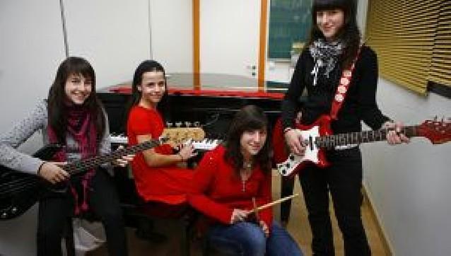 Las enseñanzas musicales movilizan a un millar de alumnos en la merindad