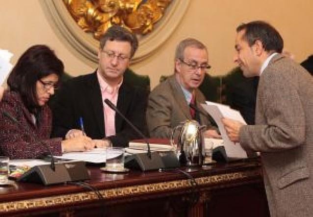 UPN y PSN rompen con la AAVV de la Milagrosa por su vinculación a Segi