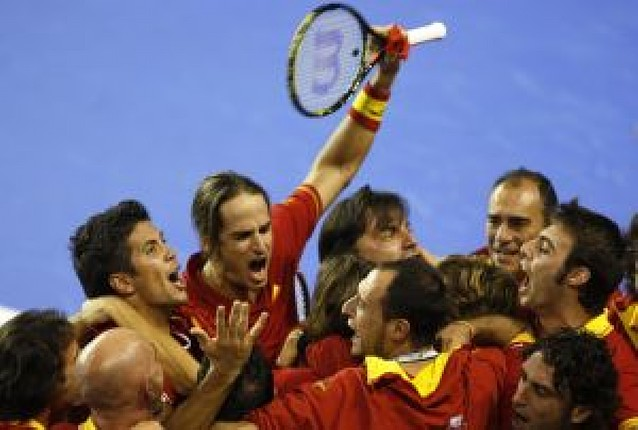 España rompe a Argentina