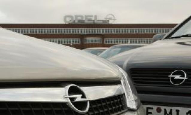 Opel lanza un SOS a Alemania