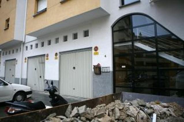 19 coches afectados en un robo dentro de un garaje en Estella