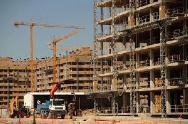 La compraventa de viviendas desciende un 34% en Navarra en el tercer trimestre del año