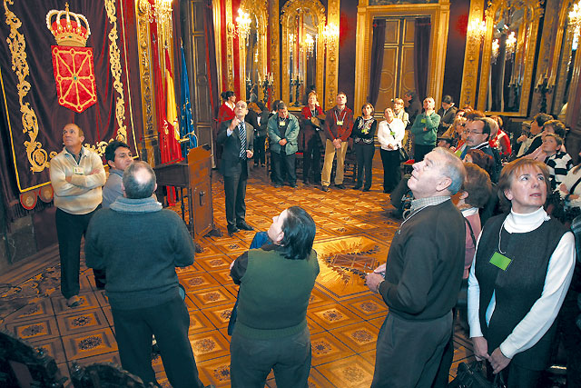 De visita en el Palacio de Navarra