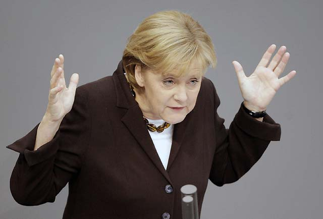 Merkel apela a la fortaleza tradicional de Alemania para afrontar la crisis