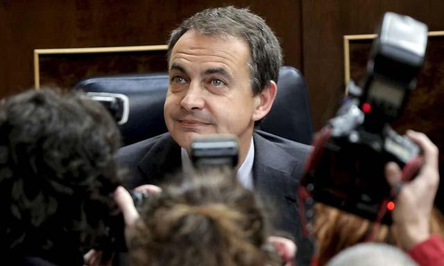 Zapatero dice que el Gobierno apoya a Repsol YPF, pero no impedirá la entrada de Lukoil