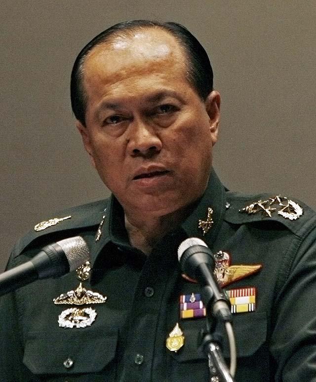 El jefe del Ejército tailandés propone nuevas elecciones para superar la crisis