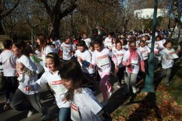 Más de 200 estudiantes de Sangüesa, en la VIII Carrera contra el hambre