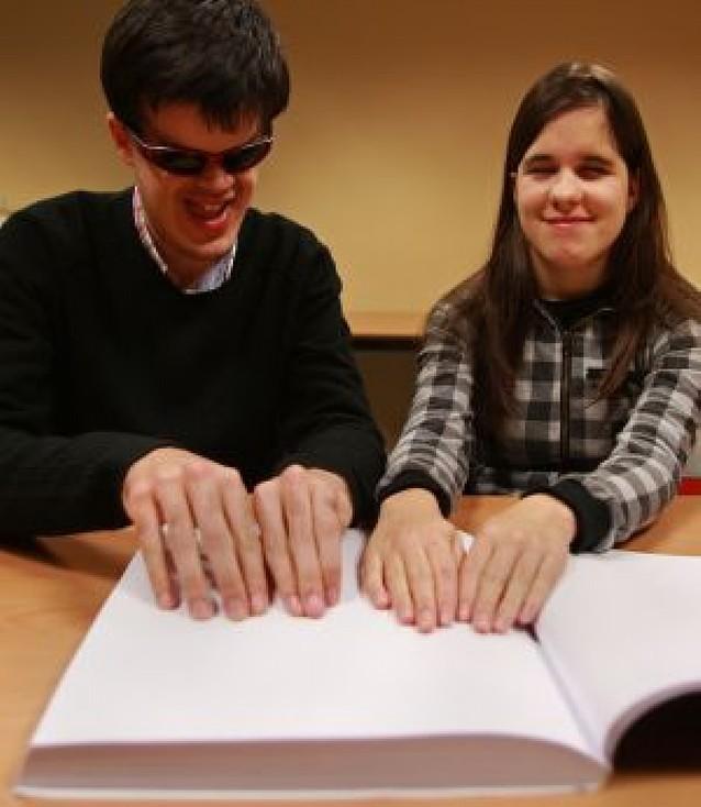 Estudiar con los ojos sellados