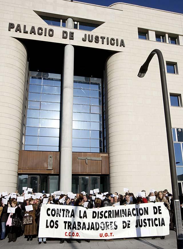 El 87% de los trabajadores de la Administración de Justicia de Navarra secunda la huelga, según los sindicatos