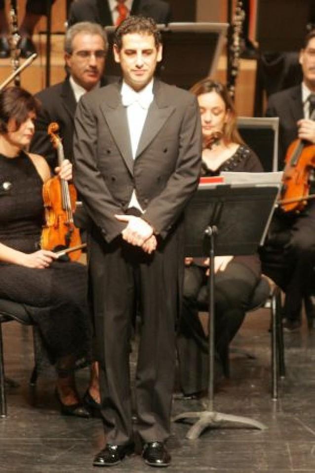 Juan Diego Flórez elogia en París a la Orquesta Sinfónica de Navarra