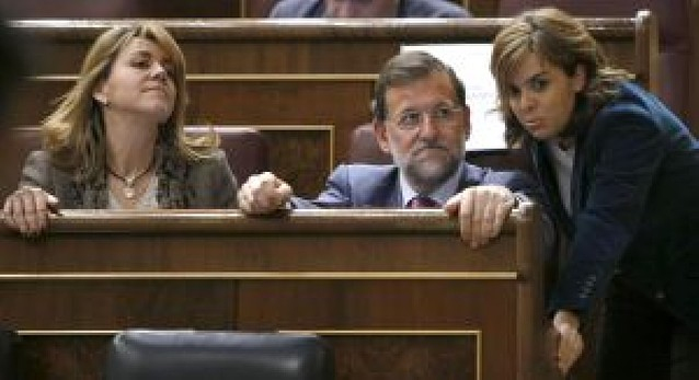 Rajoy exige a Zapatero que afronte la realidad y retire los Presupuestos