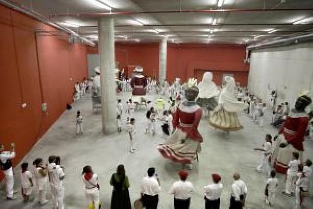 Los escolares de Pamplona y comarca visitarán a gigantes y kilikis