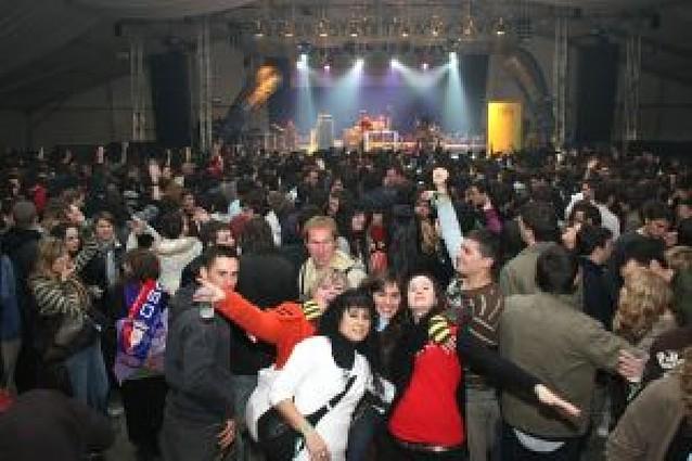 15.000 jóvenes disfrutaron de la carpa