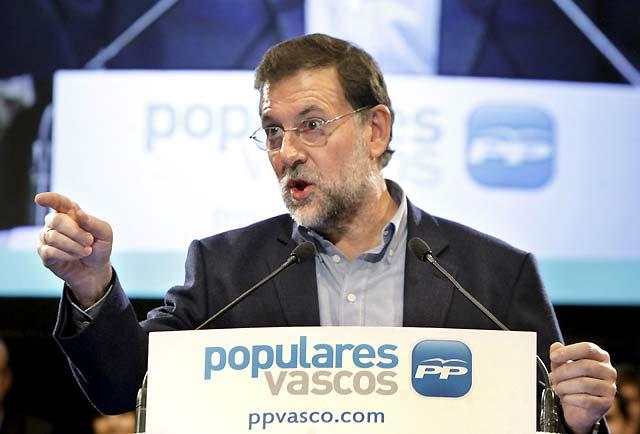 Rajoy asegura que la candidatura de Basagoiti es la apuesta clara por la derrota de ETA