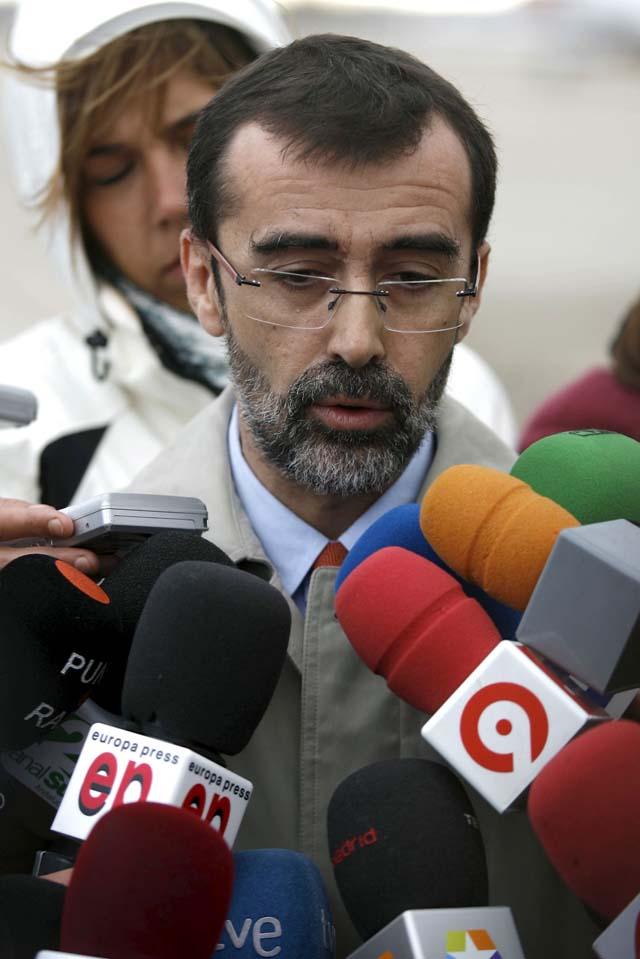 """El PSOE critica la actitud de Aguirre en Bombay: """"Se marchó sin importarle a gente que se quedaba allí"""""""
