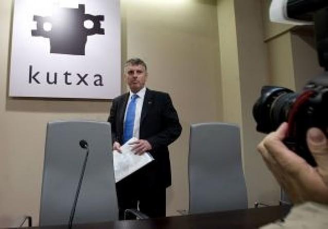 El PNV, PSE y PP se culpan mutuamente del fracaso de la fusión de BBK y Kutxa