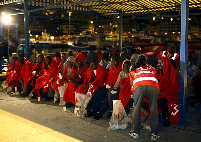 Llegan a Tenerife 68 inmigrantes, de los que ocho podrían ser menores