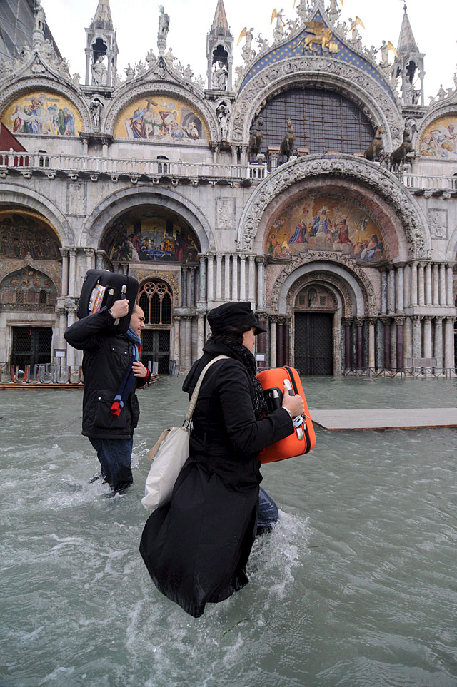 Venecia sufre la peor inundación de los últimos 22 años