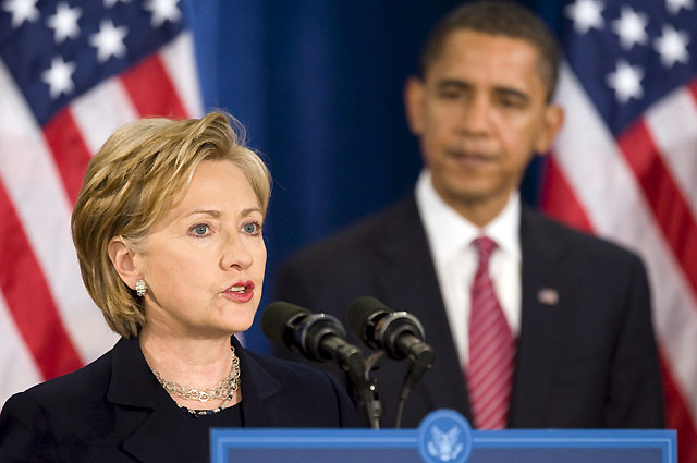 Obama nombra a Hillary Clinton secretaria de Estado