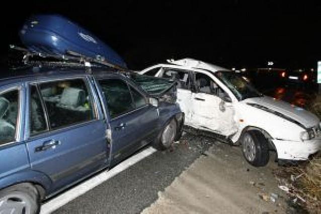 Cuatro heridos leves en una colisión en Arre