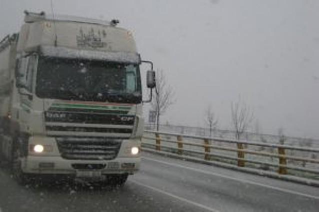 La nieve afecta a Barranca y Leitzaran