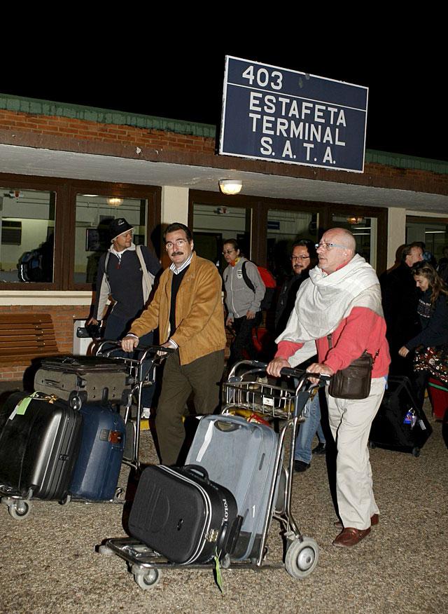 Llegan a Madrid los primeros 62 turistas repatriados desde Tailandia