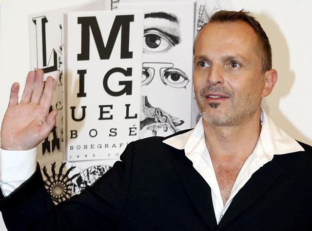 Miguel Bosé pone el broche de oro con 'Bosegrafía'